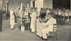 Röntgenreihenuntersuchung der Lehrlinge im Stahlwerk Mannheim A.G., Mannheim-Rheinau 1939